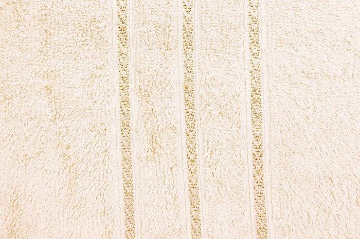 Bombay Dyeing Flora 400 GSM Large Cream Towel