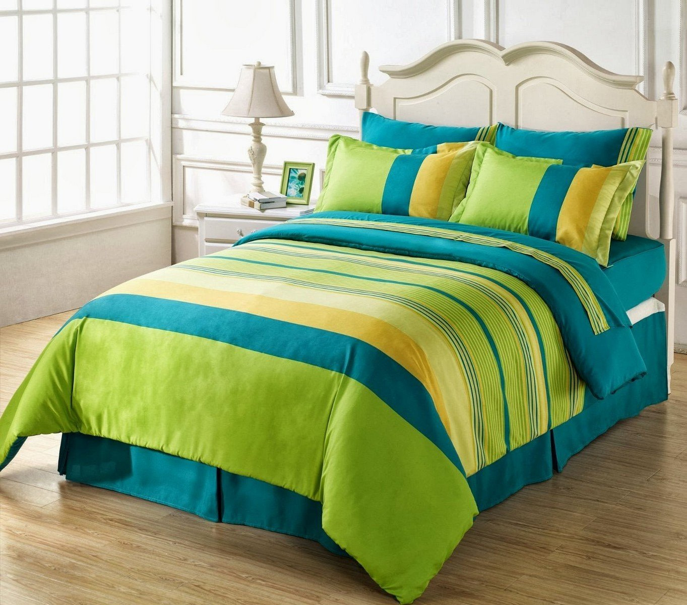 URBANA Ultimate Green Double Bedsheet